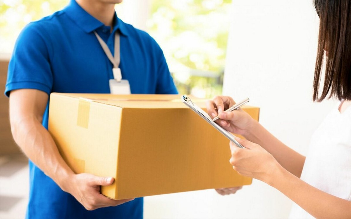 parcel-delivery-1080x675-1 - LifeStyle